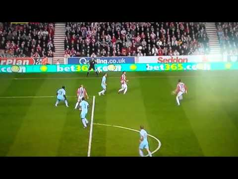 Peter Crouch - Best Goal Ever - 2011/2012