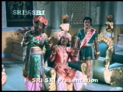 Dr. Rajkumar and Balanna comedy from Kaviratna Kalidasa - part...
