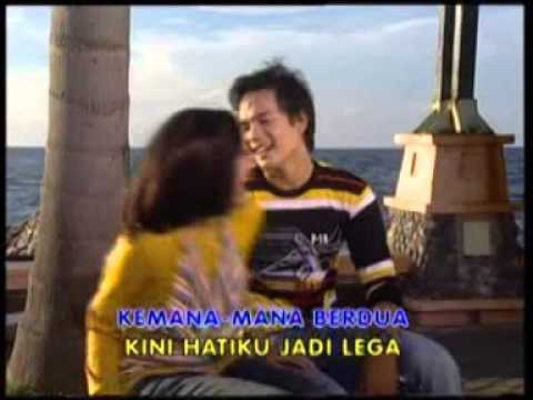 Errina GD & Arief Rachman - Betah  [ Original Soundtrack ]