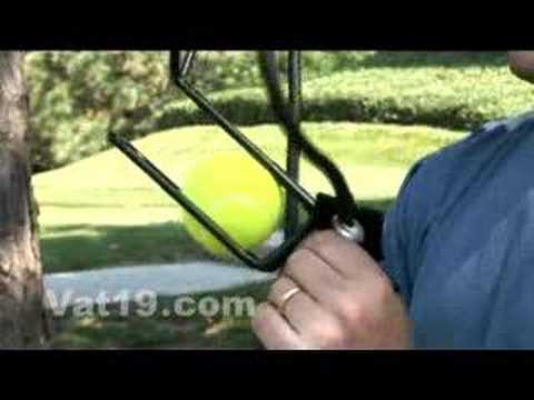 Hyperdog Ball Launcher: Includes 2 balls