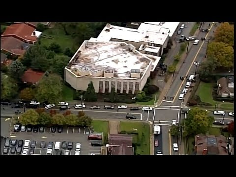 At least 11 killed in Pittsburgh synagogue shooting