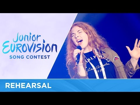 Zena Donnelly - Bríce Ar Bhríce (Ireland) - First Rehearsal - Junior Eurovision 2016