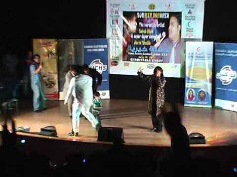 Kyun Paisa Paisa Karti Hai De Danadan   by Bollywood Singer...