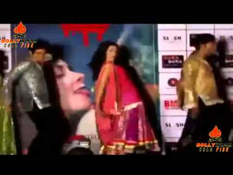 Hot Mallika Sherawat Sexy Dance Movies On Song Ghagra From Film Dirty Politics video