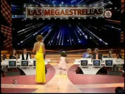 Jesus y Karla de Megaestrellas bailan : Funky Town