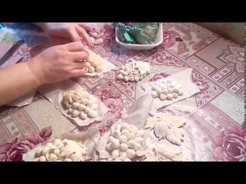 Соленое тесто, лист винограда