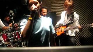 download lagu Axollos - Bayang Dirimu gratis