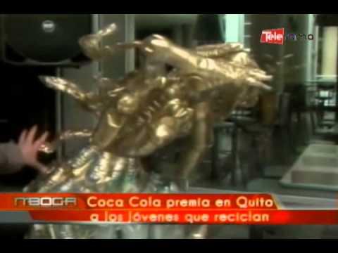 Coca Cola premia en Quito a los jóvenes que reciclan