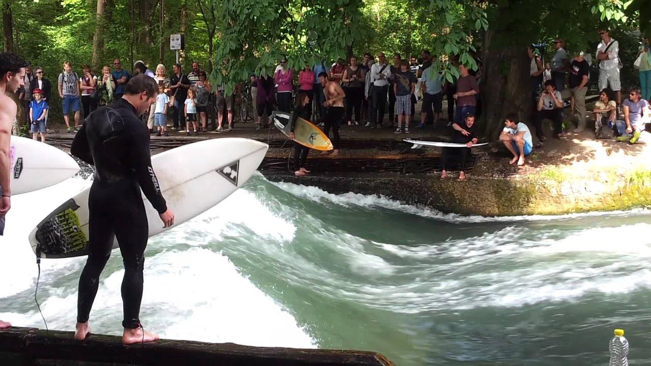 Surfen im englischen Garten München - YouTube