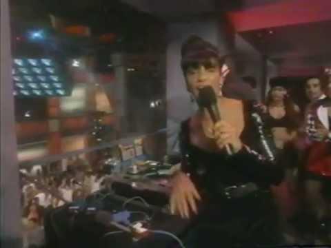 DJ Lightning Club Black Box   Strike It Up