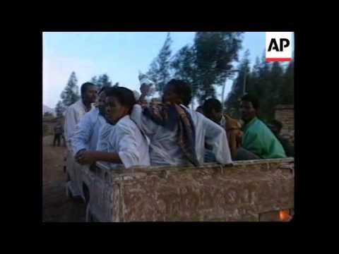 ETHIOPIA: ERITREAN FORCES BOMB BORDER TOWN OF ADIGRAT (2)