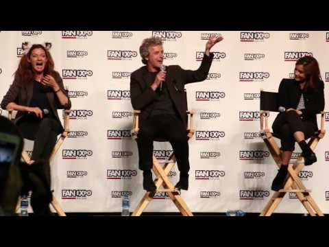 Fan Expo Dallas - Peter Capaldi does Dalek voices from Day of the Daleks