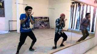 2 many girls dance video from the friends crew, Kotputli