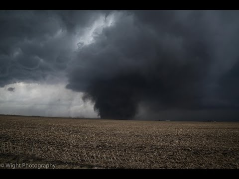 Full Video of EF-3 Tornado Near Washburn, IL - February 28, 2017