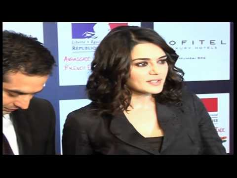Preity Zinta back in movies with Ishq in Paris