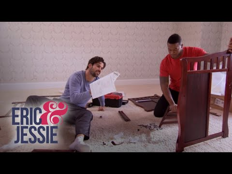 Would You Sleep Next to a Toilet? | Eric & Jessie: Game On | E!