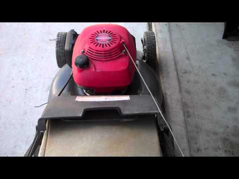 Honda HRR-216 mower
