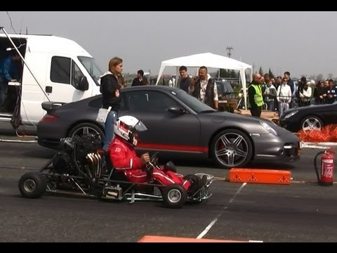 Porsche 997 Turbo 3.6 Vs. Gokart Suzuki 650 Ccm HD