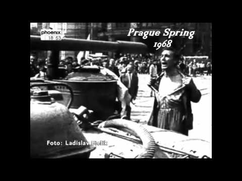 Edith Piaf - Je Ne Regrette Rien - with English LYRICS