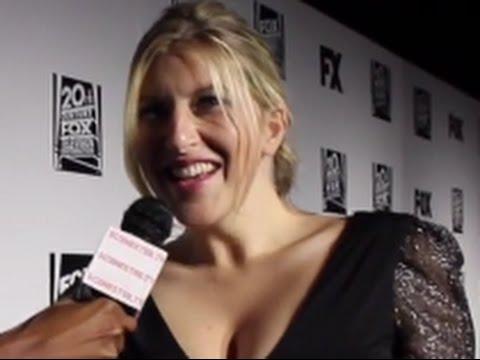 Actress TARA SUMMERS Interviews at The Golden Globes 2014!