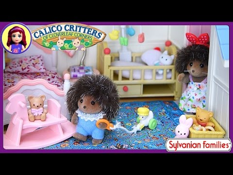 Sylvanian Families Calico Critters Courtyard Restaurant Setup House Tour - Kids Toys