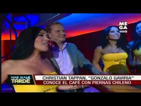 Christian Tappan conoce el Café con Piernas chileno