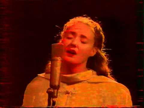 DEAD CAN DANCE Sanvean Live TV Le Cercle De Minuit 04/10/1993