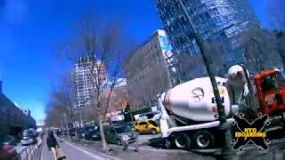 NYC electric skateboarding group down the west side and back up the east side
