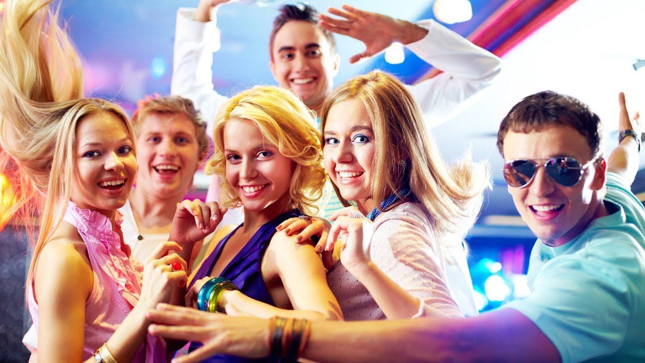 Фото с студенческих вечеринок 23 фотография