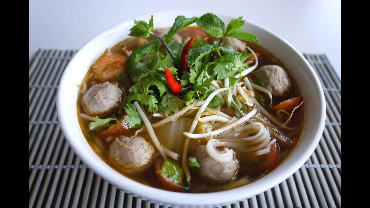 Lao food noodle soup with meatballs and vegetables youtube for Ano thai lao cuisine menu