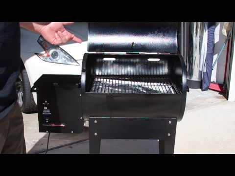 Traeger Junior Pellet Smoker