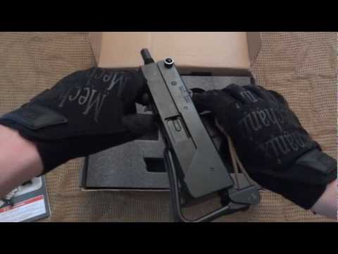 Review WELL G11 M11A1 Gas Blow Back SMG