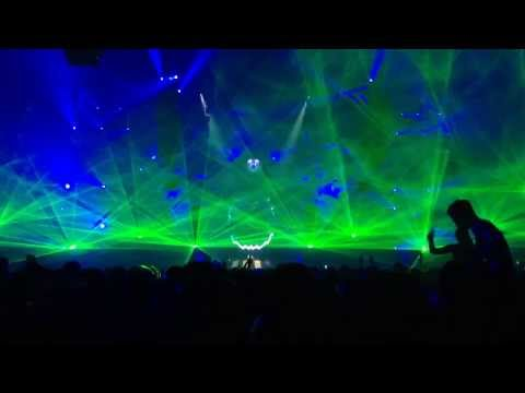 Qlimax 2013 - Mad Dog & Art Of Fighters - Fuck You!