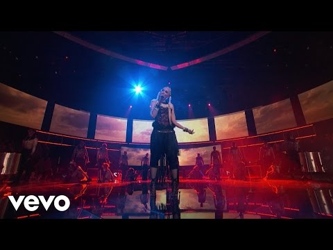 Gwen Stefani - Misery (Live On The Voice)