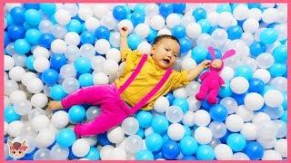 Playground Hide and Seek Pretend Play Nursery Rhymes & Kids Songs 키즈카페 국민이 찾기 인기 동요 놀이