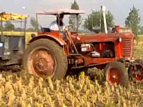 NEW HOLLAND 3630 VS BELARUS