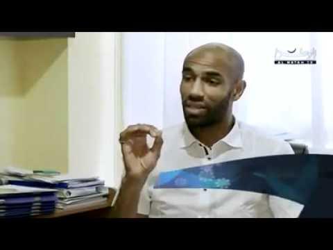 هكذا غيّر الإسلام حياة االلاعب الشهير كانوتيه Music Videos
