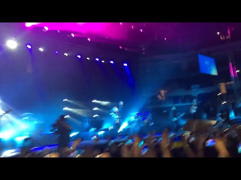 Demi Lovato Turkey Concert Really Don't Care
