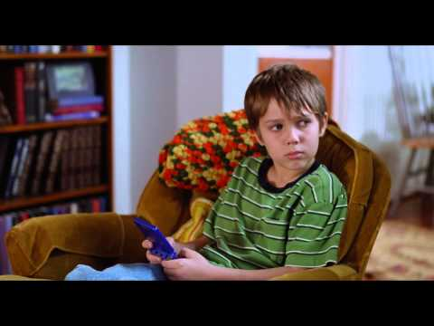 Boyhood - International Trailer (Universal Pictures) HD