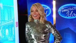 "Download Lagu Kelly Ripa Auditions for ""American Idol"" Gratis STAFABAND"