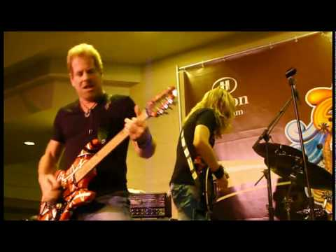 Brad Gillis, Joel Hoekstra&Hot For Teacher ~ Don't Tell Me You Love Me