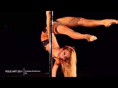 devushki-krasivie-golie-striptiz