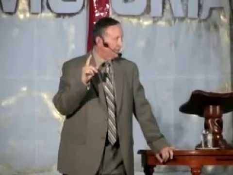 Pastor Esteban Bohr: La Mujer Y El Dragon video