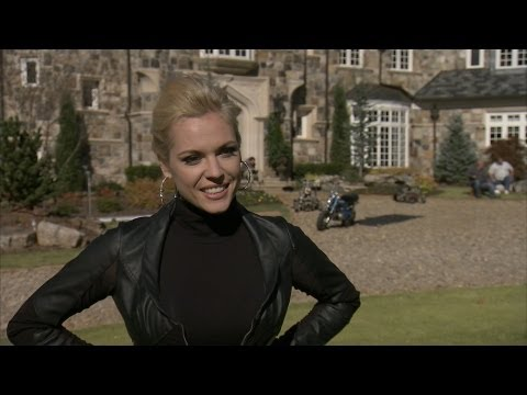 Agnes Bruckner on Portraying Anna Nicole Smith