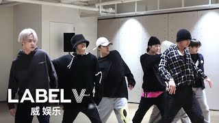 Download lagu [WayV-ehind] 'Action Figure' Practice Behind The Scenes