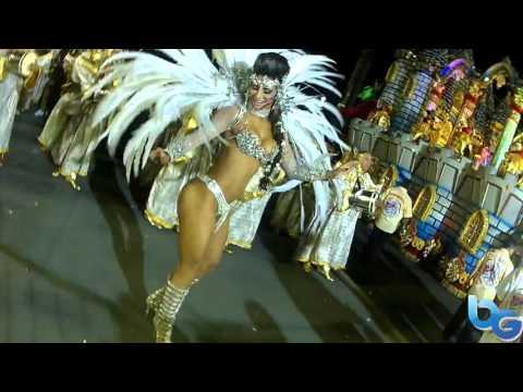 Independente - Largada do Desfile Oficial 2016