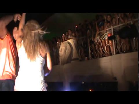 Xanddy do Harmonia do Samba e Carla Perez no palco do Camarote Salvador!
