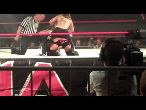TNA Knockouts Madison Rayne vs Velvet  Sky