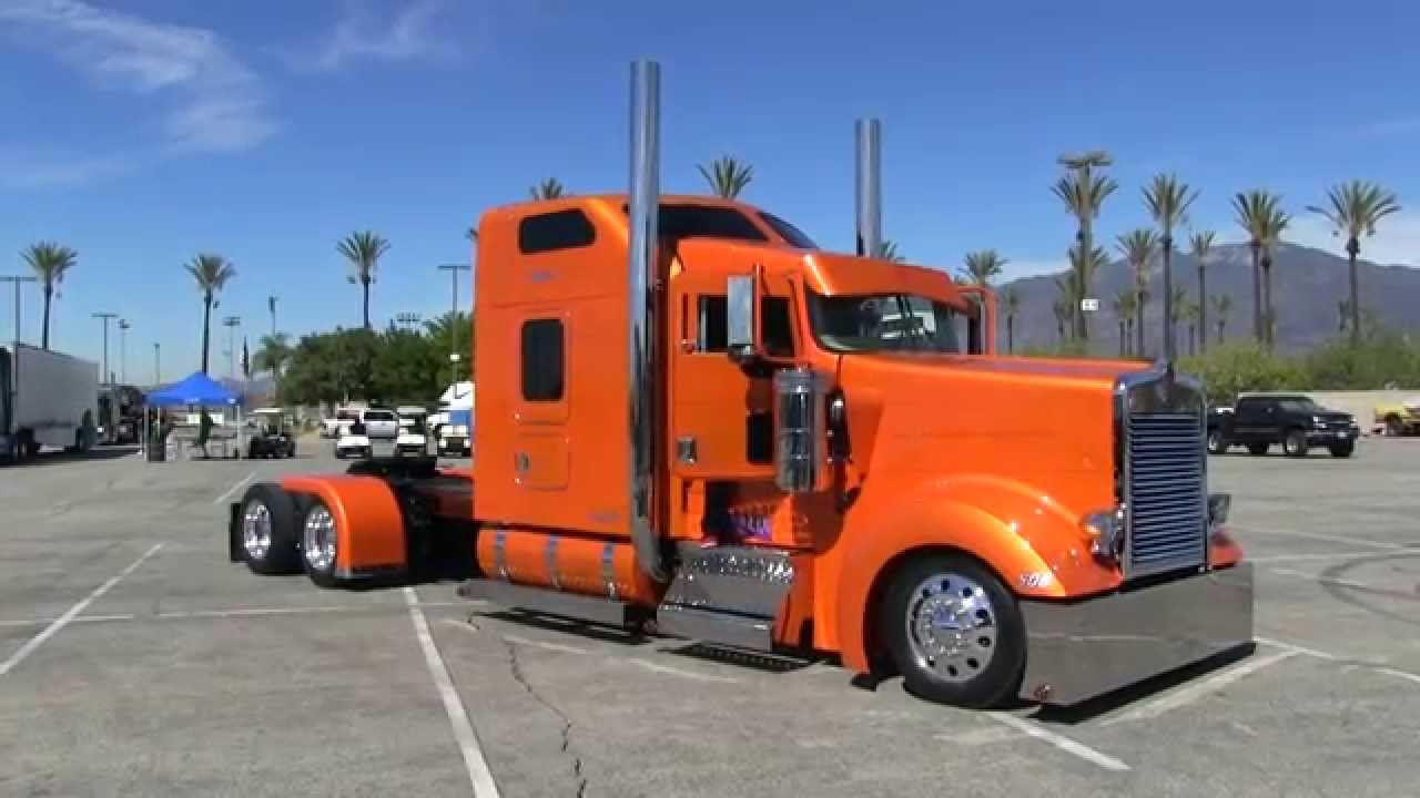Rollin R Enterprises 2005 Kenworth W900l Arriving At Tfk