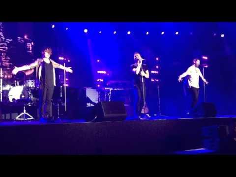 Take That Live In Singapore 2016 - Pray